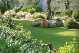 Décoration de charme, le jardin d\'agrément !!!   En Provence