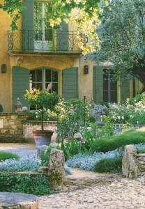 D coration de charme le jardin d 39 agr ment en provence - Decor de charme ...