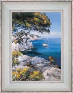 By sailboat in calanques