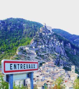 Entrevaux, cité médiévale des Alpes-de-Haute-Provence
