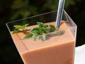 Recette ensoleillée : le gaspacho aux aubergines…